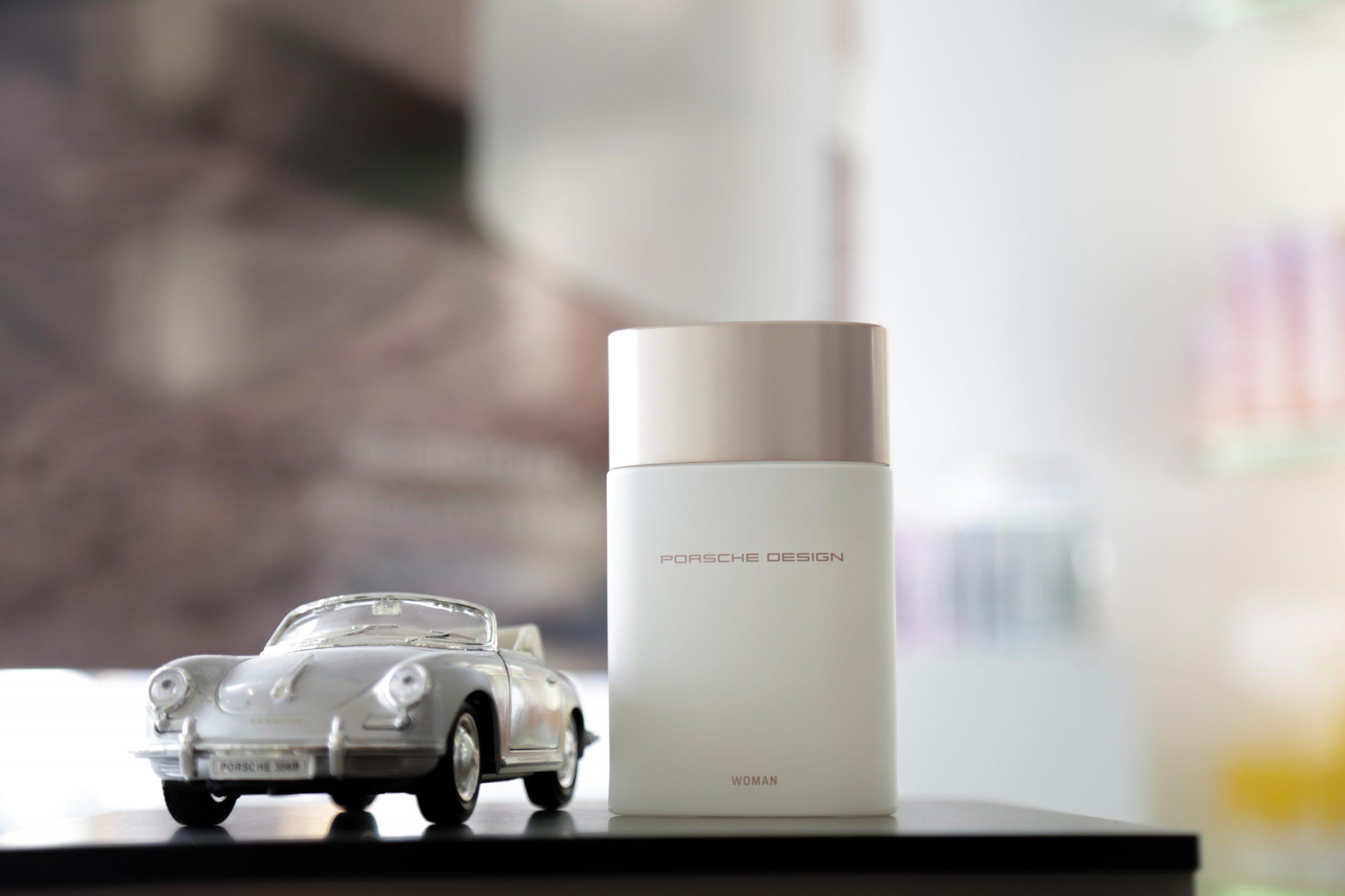 Welt der Düfte - Porsche Design Woman